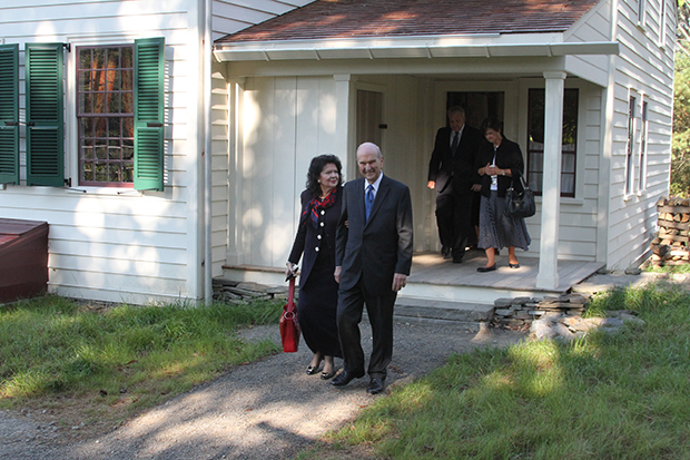 President Russell M. Nelson and wife leave Hale home after a tour