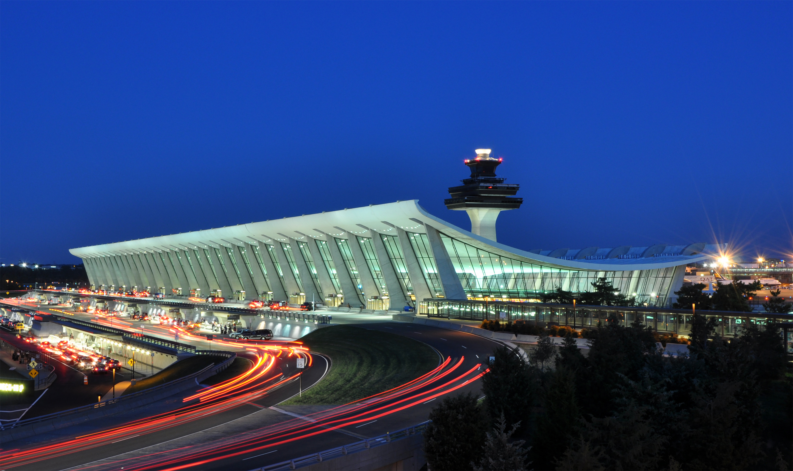 Photo of the terminal for Dulles International Airport