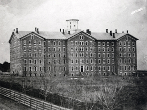 Main Building, the building before Old Main