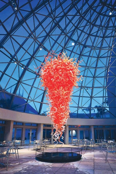 The museum features this and two other Dale Chihuly works