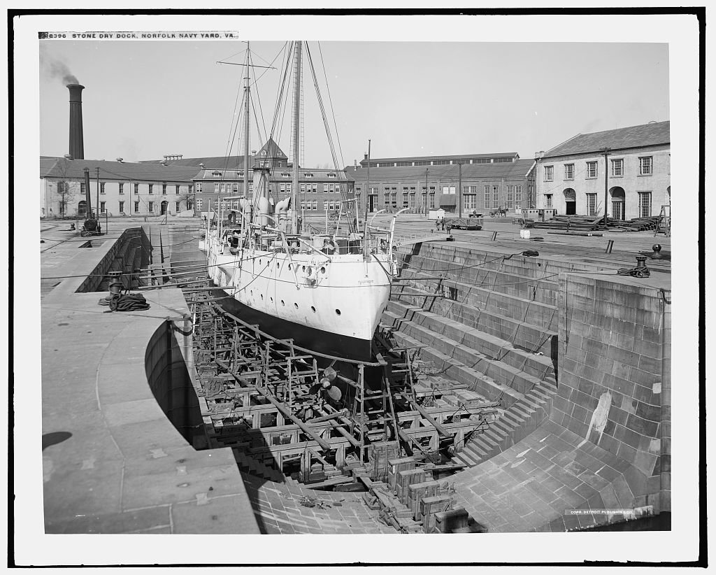 Unknown ship in Drydock #1. Due to the lack of natural stone in Virginia, granite was imported from Massachusetts. Library of Congress.