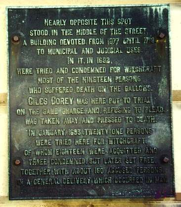 Marker for the Salem Courthouse of 1692 on the wall of the Masonic Temple on Washington Street