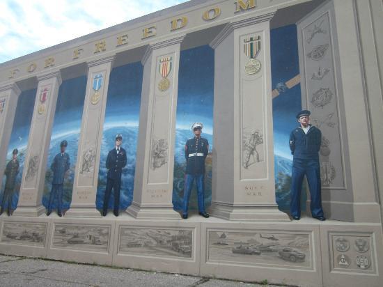 A mural honoring members of the U.S. Military