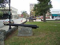 Replica Spanish cannon at the Plaza