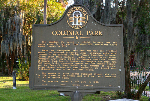 This historical marker provides information about Colonial Park Cemetery