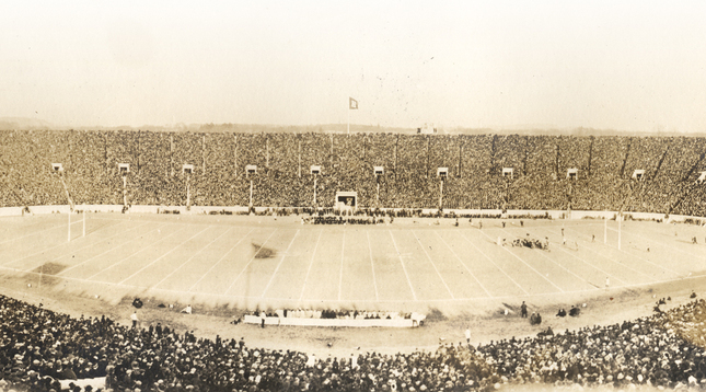 The Yale Bowl in 1914.