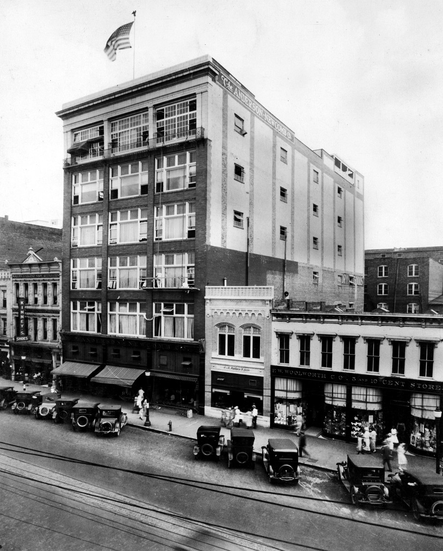 The building after it was made into Anderson-Newcomb Company, and after three additional stories were added to the building.