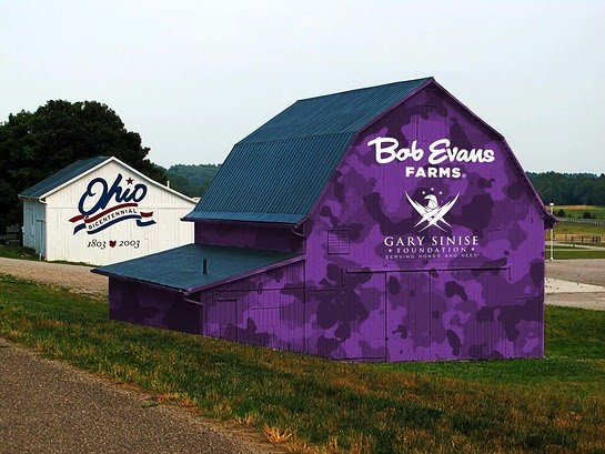 Bob Evans showing support to service members.