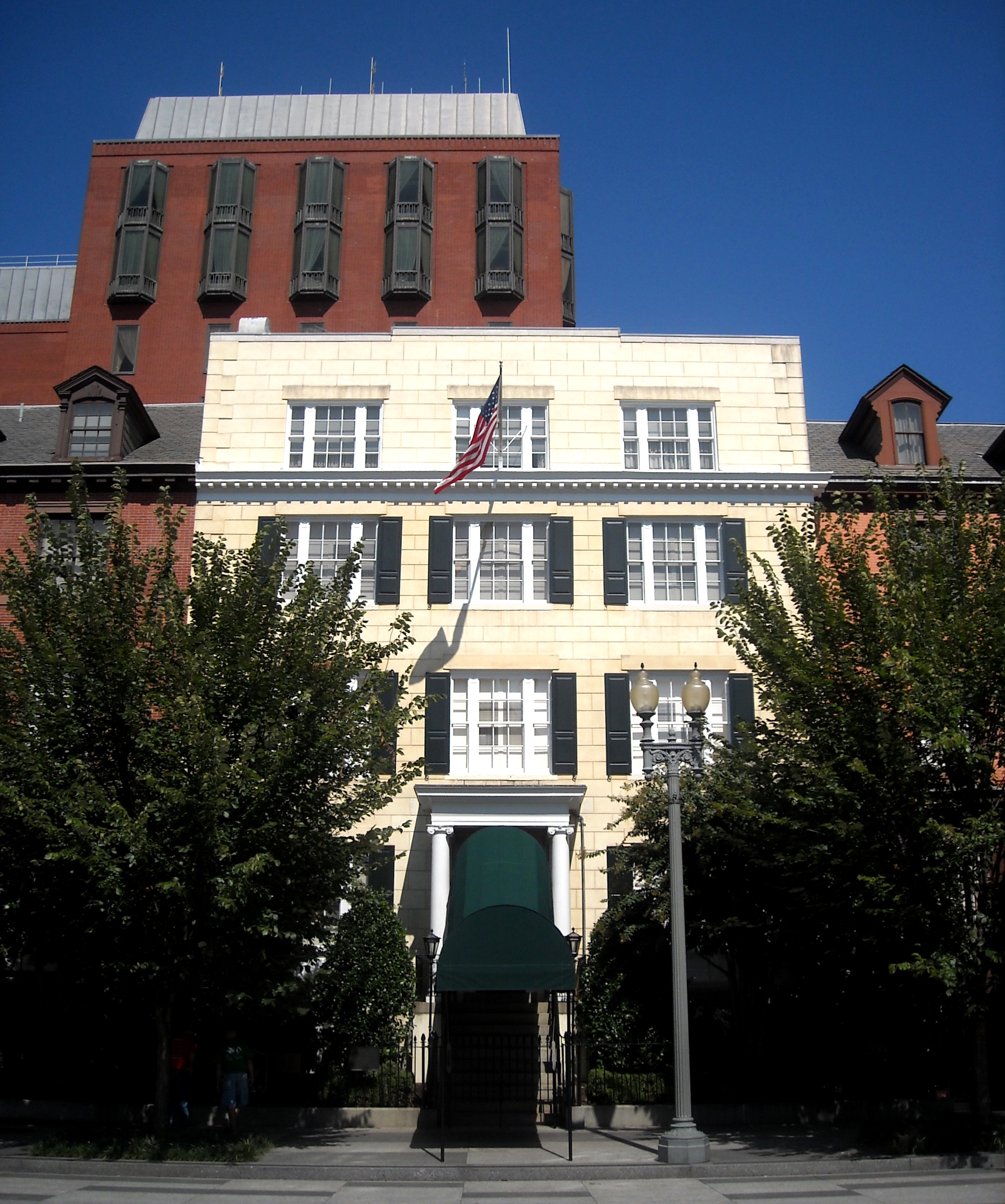Blair House is known as the President's Guest House. It was purchased by the U.S. government in 1942 at the urging of President Franklin Roosevelt. Image by AgnosticPreachersKid on Wikimedia Commons (CC BY-SA 3.0)