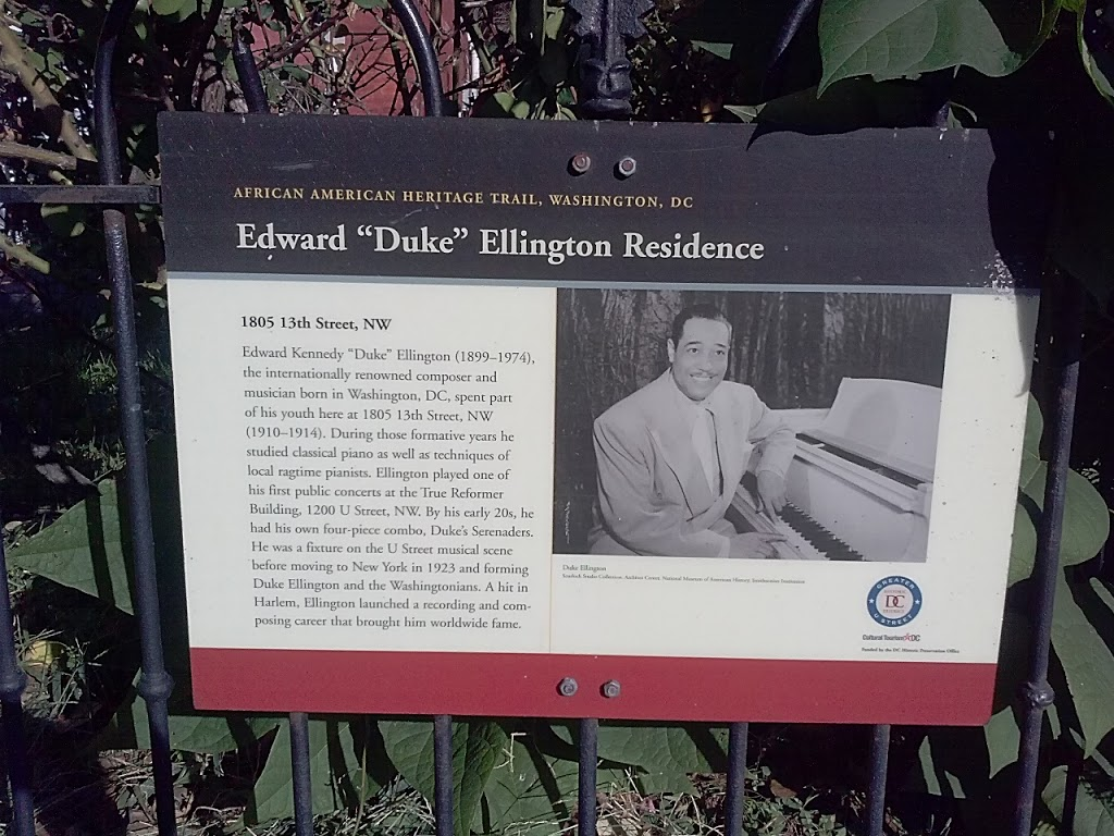 Plaque in front of the residence