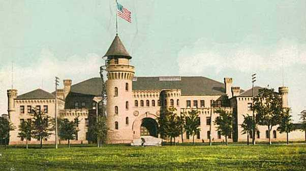 The Armory building depicted on a 1905 postcard