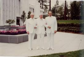 1989 dedication. First Presidency L-R: Gordon B. Hinckley (Counselor), who dedicated the temple, President Ezra Taft Benson and Thomas S. Monson (Counselor and now current church President)