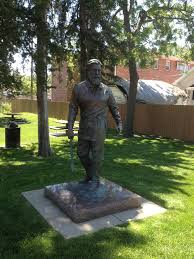 """The Foreman"". Statue honors the men that constructed the tabernacle during the winter"