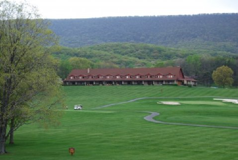Cacapon State Park lodge and golf course.