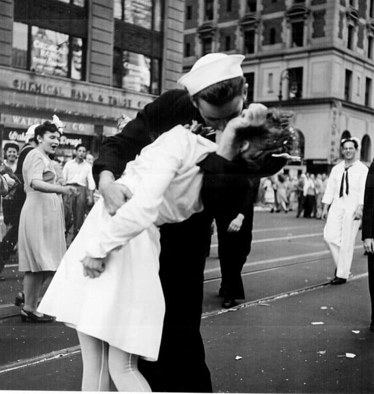 "Photograph titled, ""V-J Day in Times Square,"" captured by Aldred Eisenstaedt on August 14, 1945."