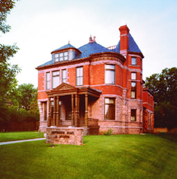 The Pettigrew Home & Museum was built in 1889 and later became the home of its namesake, Richard F. Pettigrew, who was the state's first U.S. Senator.