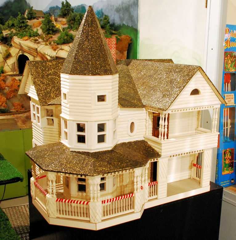 Scale model of a famous local home.