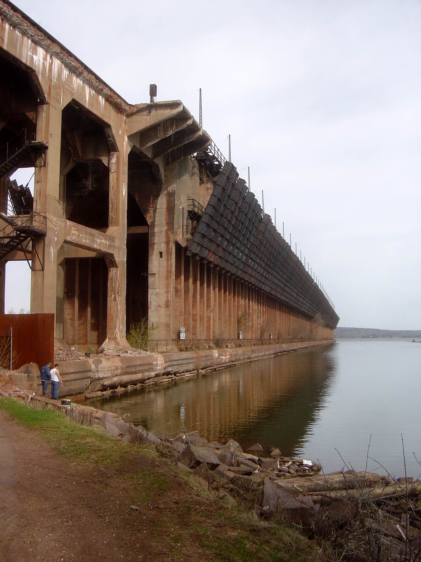 The iron ore dock in 2007 before it was demolished