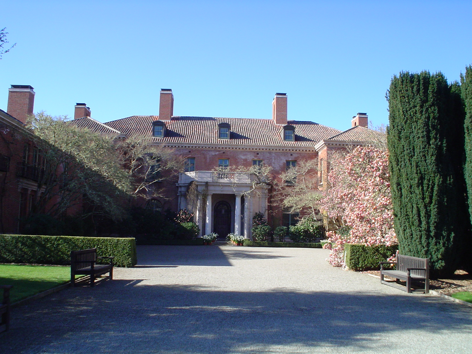 Walkway and front entrance to Filoli.