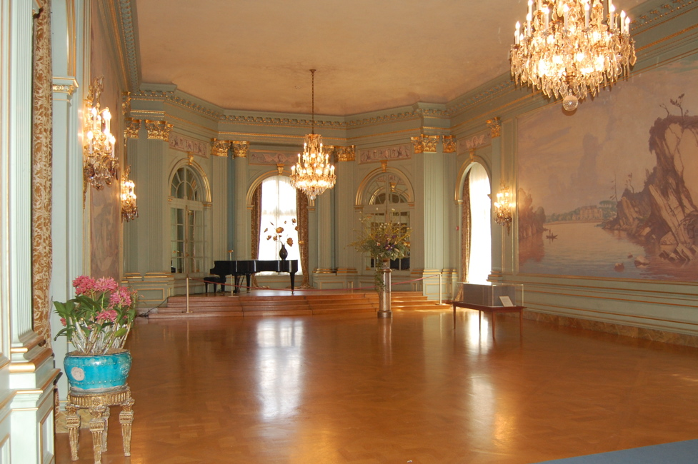The Filoli ballroom.
