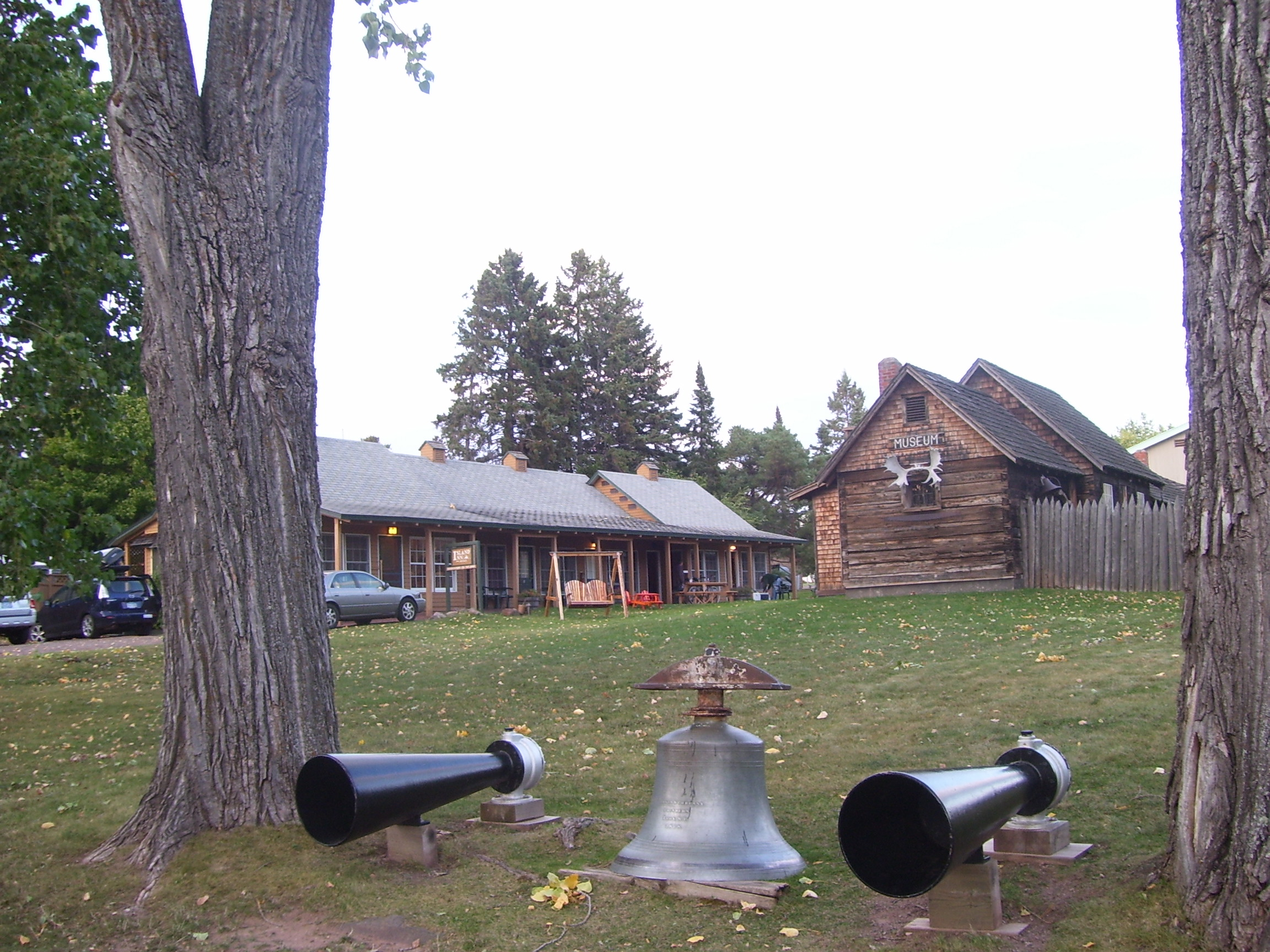 The fog horns and bell