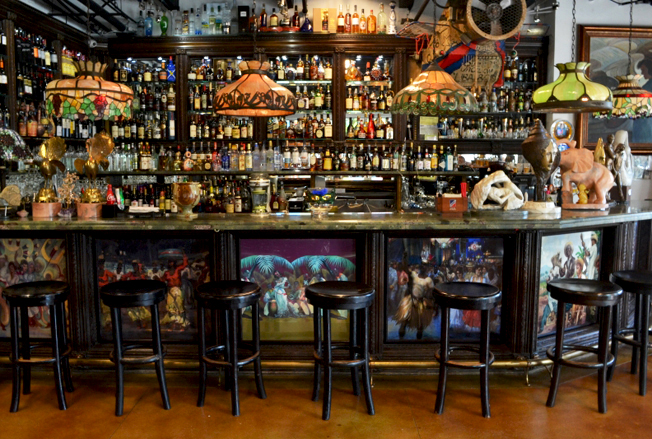The bar at CubaOcho