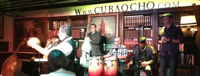 Musicians preforming at CubaOcho