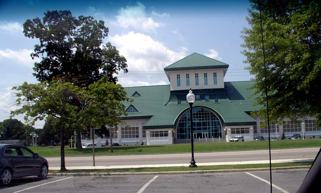 Museum of the Albemarle from Waterfront Park | Photo credit: Ajsanjua (CC Attribution-ShareAlike 3.0 Unported)
