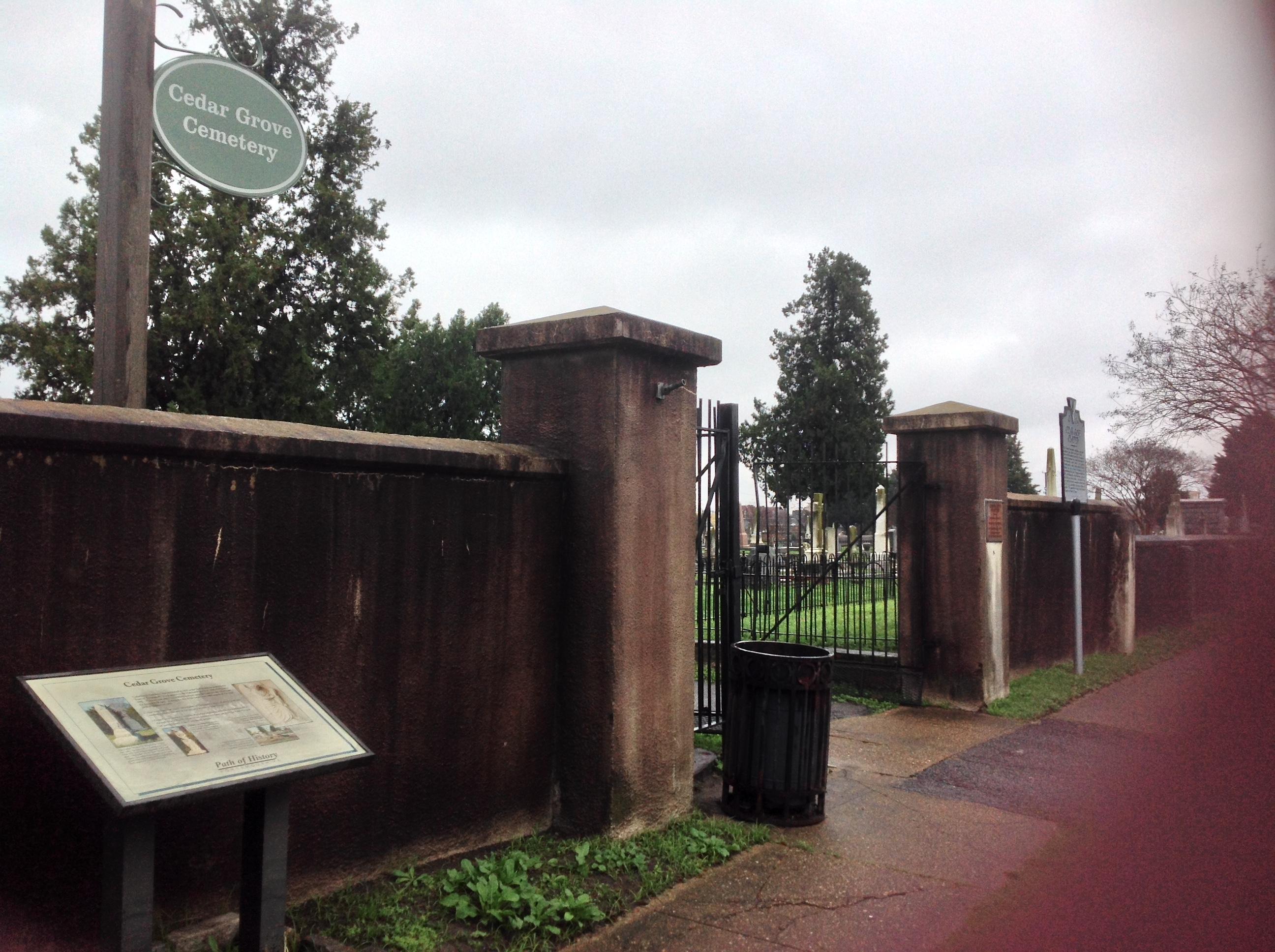Cedar Grove Cemetery in December 2015