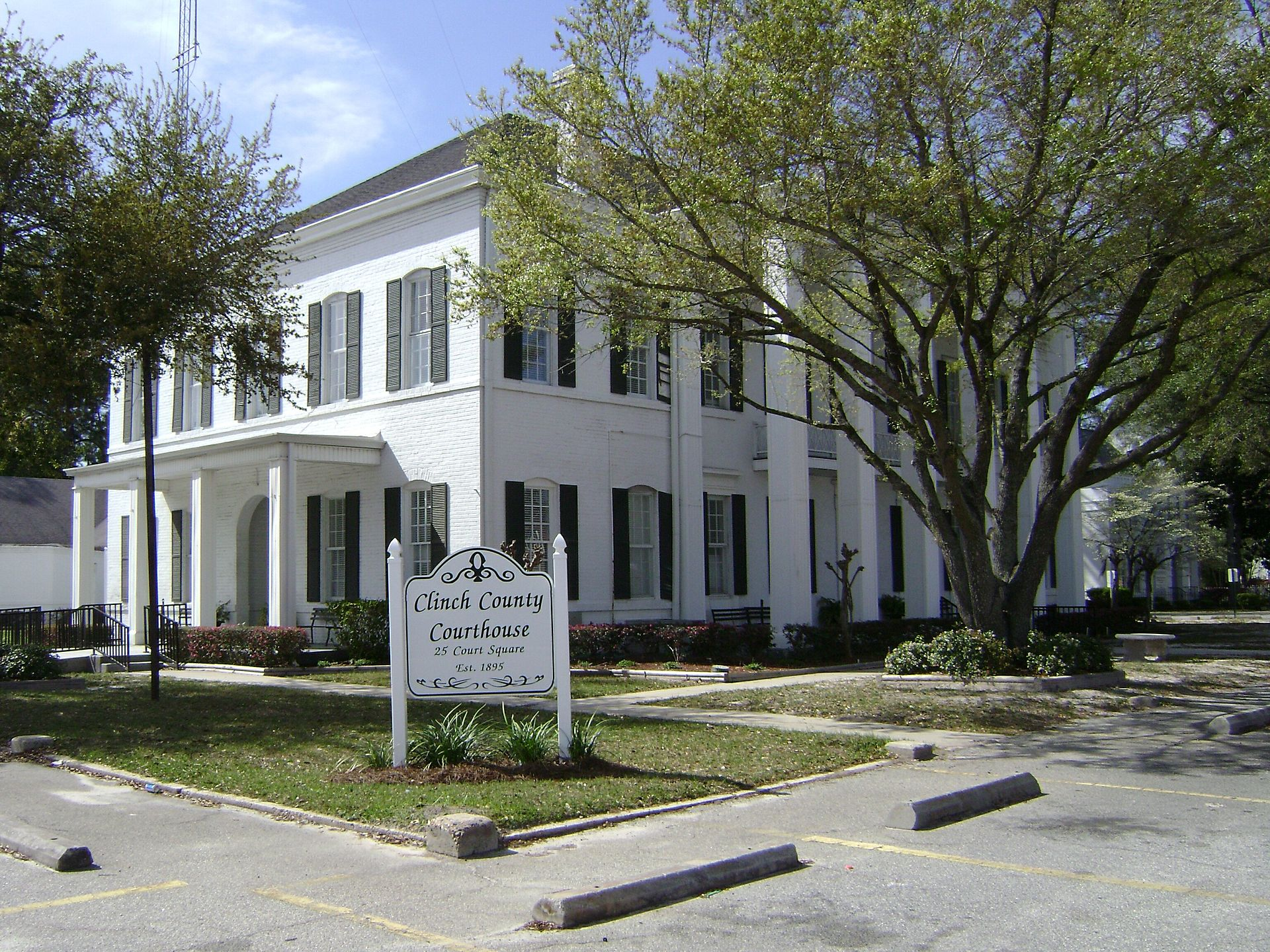 The Clinch County Courthouse