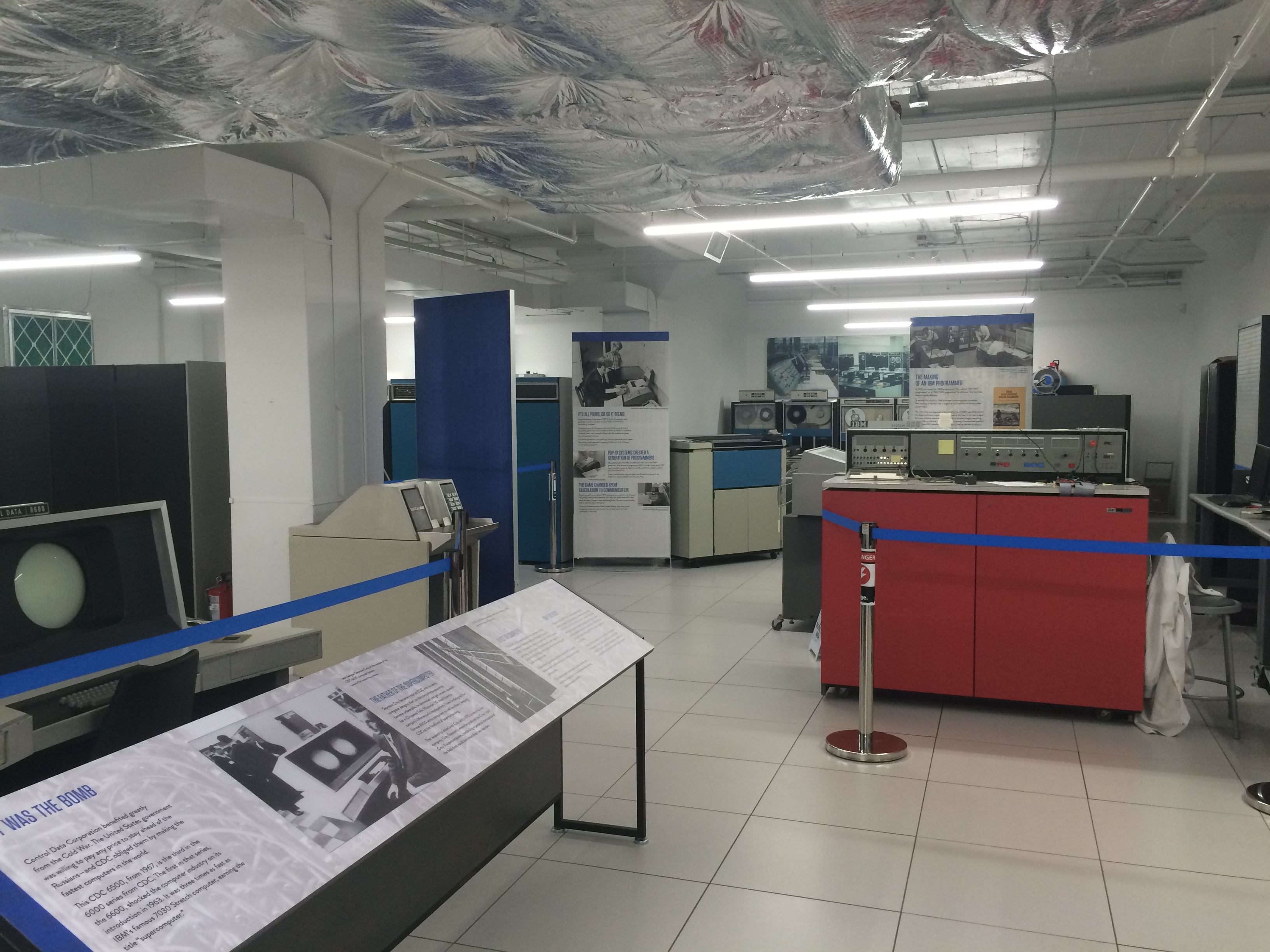 Some larger machines within the museum.