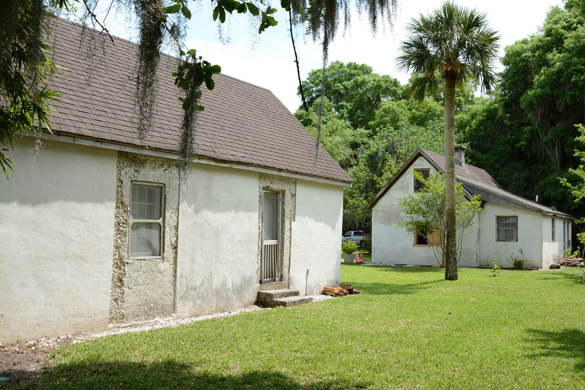 The Hamilton Plantation slave cabins