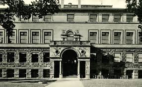 Wulling Hall housed the Medical School from 1892 until 1912