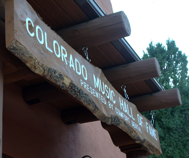 Exterior Sign at Red Rocks Trading Post location