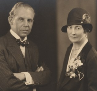 Mildred and Robert Woods Bliss, ca. 1927. Bliss Papers, HUGFP 76.74p, box 10, Harvard University Archives.