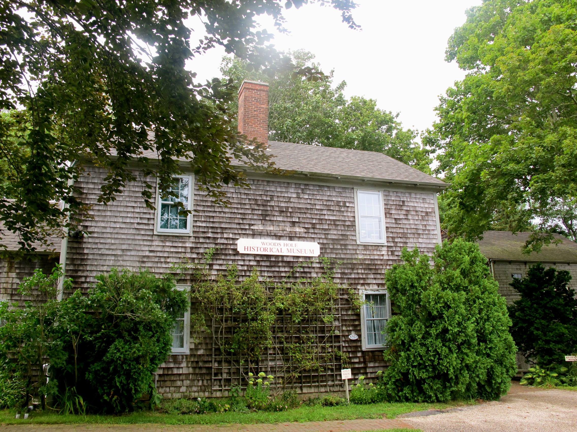 The Woods Hole Historical Museum (the Bradley House)