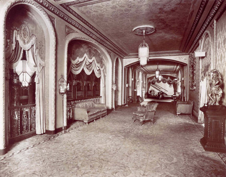 Historic photo of Loew's balcony over the mezzanine (image from PPAC official website)