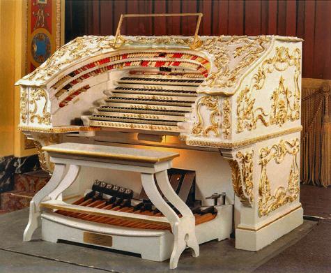 PPAC's Wurlitzer organ (image from Rhode Island Rocks)