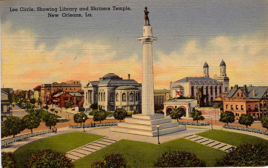 This postcard from the early 1900s shows Lee Circle a few decades after the statue of the Confederate leader was dedicated.