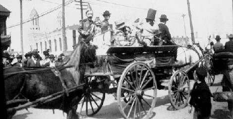 Mardi Gras 1901 at Lee Circle.