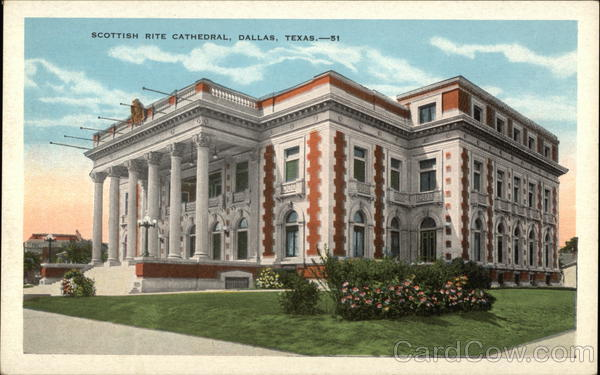 Vintage postcard showing the Dallas Scottish Rite building (www.cardcow.com)