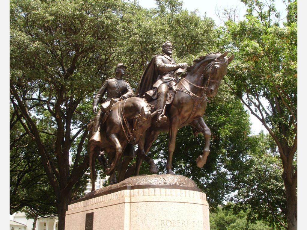 Robert E. Lee Memorial.