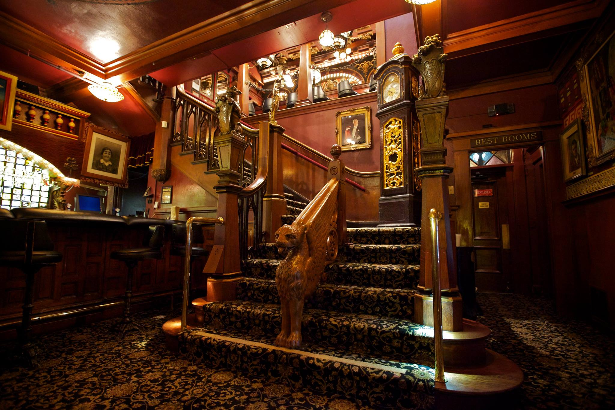 Interior of the Magic Castle today (main.otiserver.com)