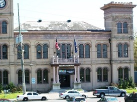 The Algiers Courthouse