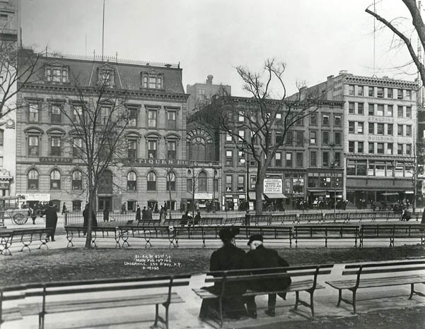 Bryant Park in 1912 (image from Bryant Park official website)
