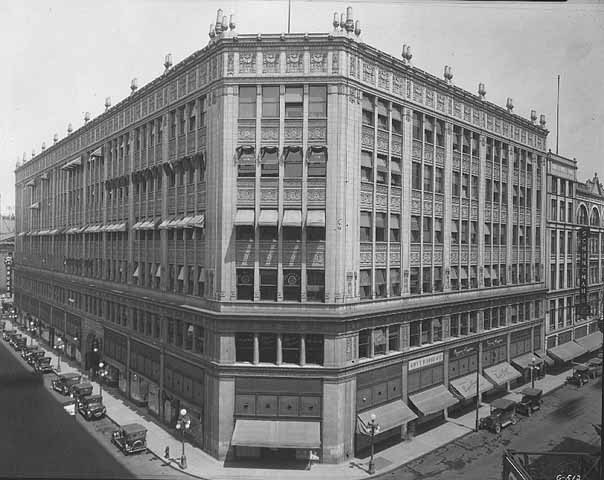 1920s image (est) of the Hamm Building.