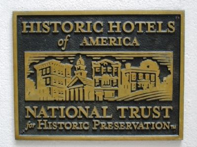 Historic Hotels marker on the Algonquin (image from Historic Markers Database)