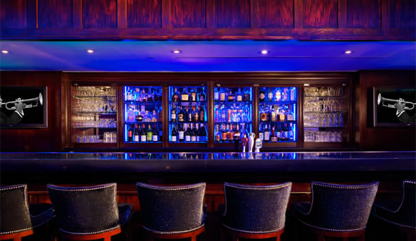The Blue Bar (image from the Algonquin Hotel official website)