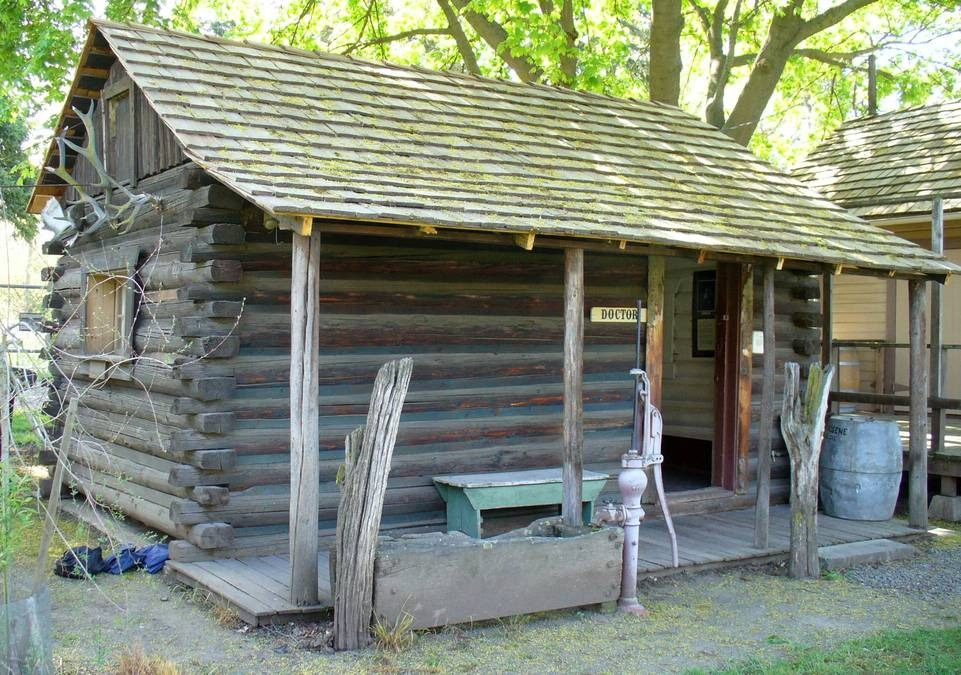The Doctor's cabin in the pioneer village