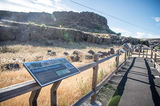 The trail from which visitors can view the petroglyphs